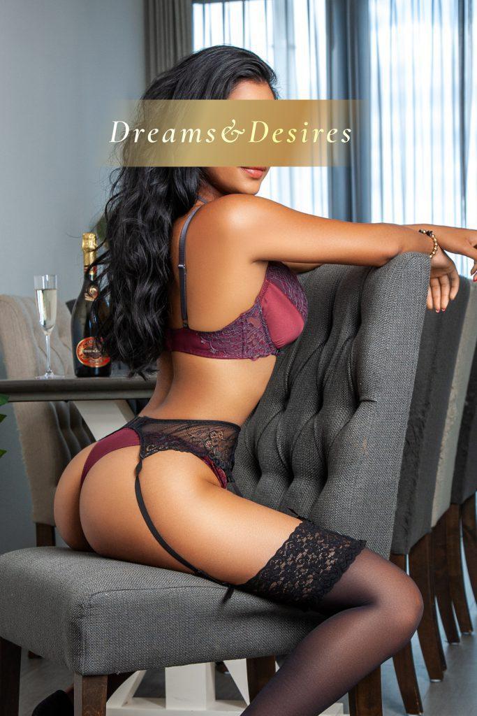 High-end escort model Jasmine